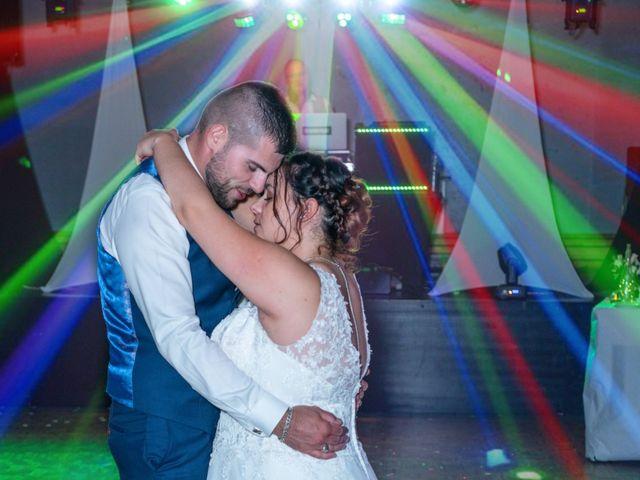 Le mariage de Benjamin et Ana à Mehun-sur-Yèvre, Cher 23