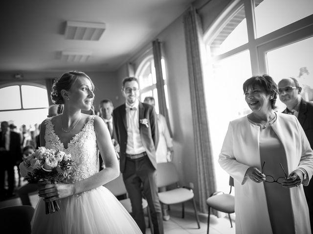 Le mariage de Thibaut et Aurélie à Artres, Nord 25