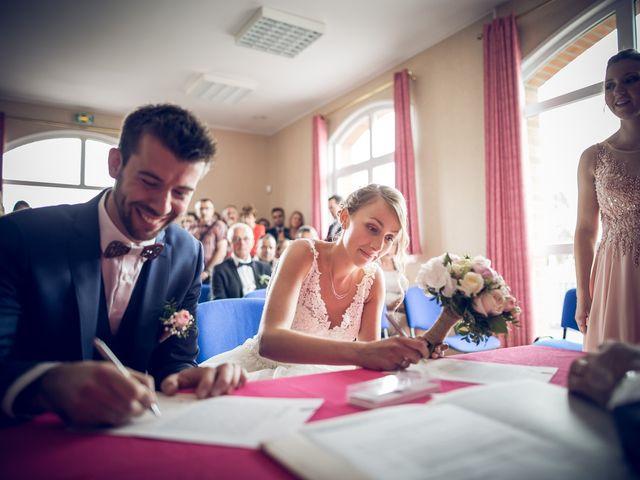 Le mariage de Thibaut et Aurélie à Artres, Nord 27