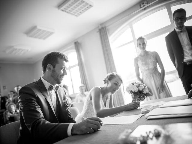 Le mariage de Thibaut et Aurélie à Artres, Nord 28