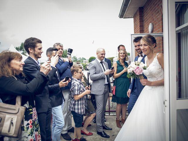 Le mariage de Thibaut et Aurélie à Artres, Nord 31