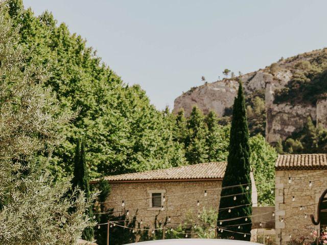Le mariage de Guillaume et Amandine à Grans, Bouches-du-Rhône 10