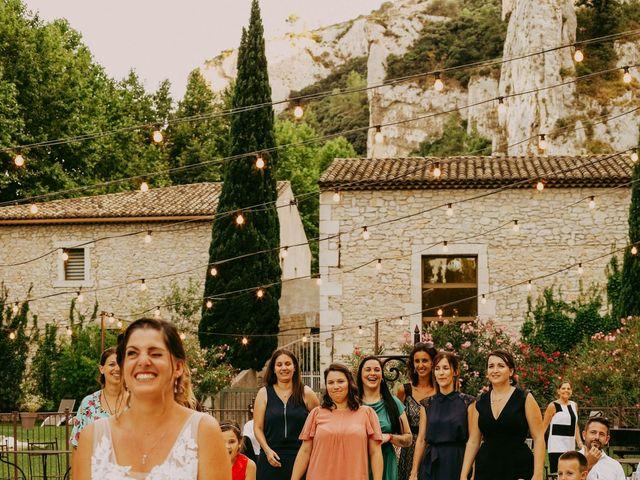 Le mariage de Guillaume et Amandine à Grans, Bouches-du-Rhône 26