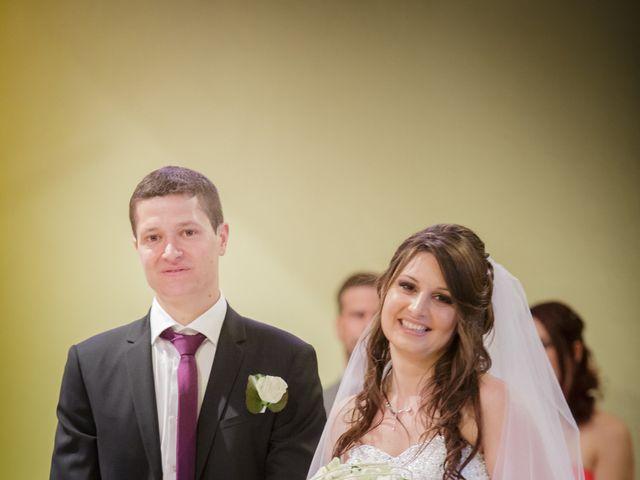 Le mariage de Julien et Vanessa à Feigères, Haute-Savoie 19