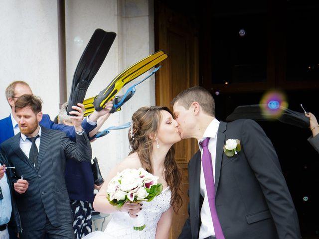Le mariage de Julien et Vanessa à Feigères, Haute-Savoie 23