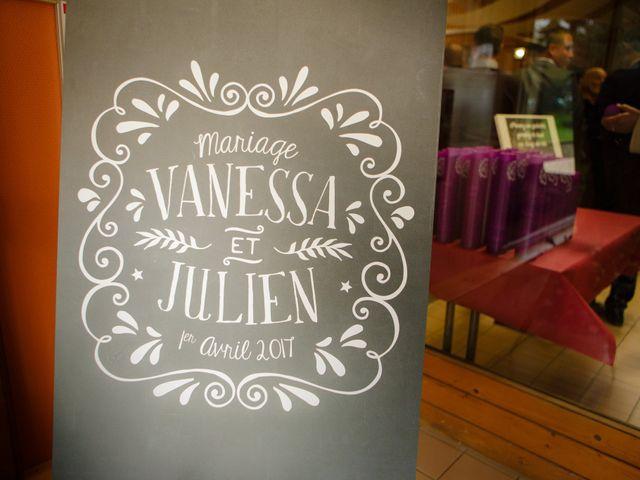 Le mariage de Julien et Vanessa à Feigères, Haute-Savoie 24