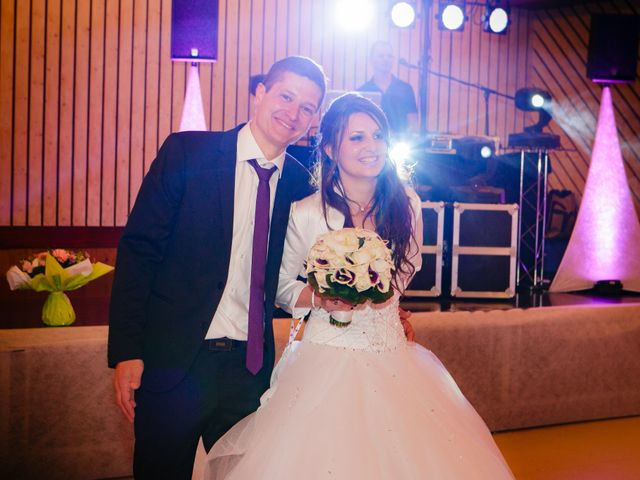 Le mariage de Julien et Vanessa à Feigères, Haute-Savoie 31