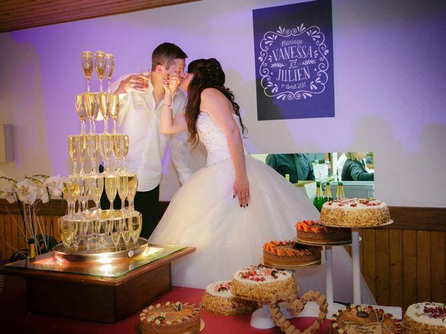 Le mariage de Julien et Vanessa à Feigères, Haute-Savoie 32