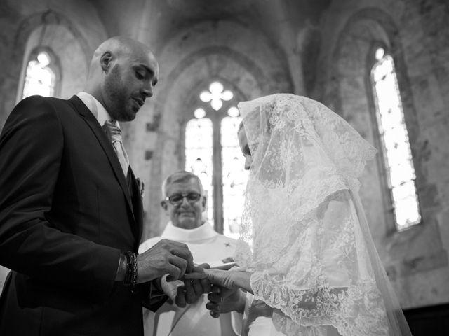 Le mariage de Jean-Philippe et Claire à Saint-Dier-d'Auvergne, Puy-de-Dôme 22