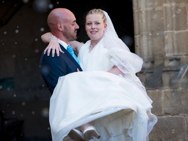 Le mariage de Jean-Philippe et Claire à Saint-Dier-d'Auvergne, Puy-de-Dôme 23