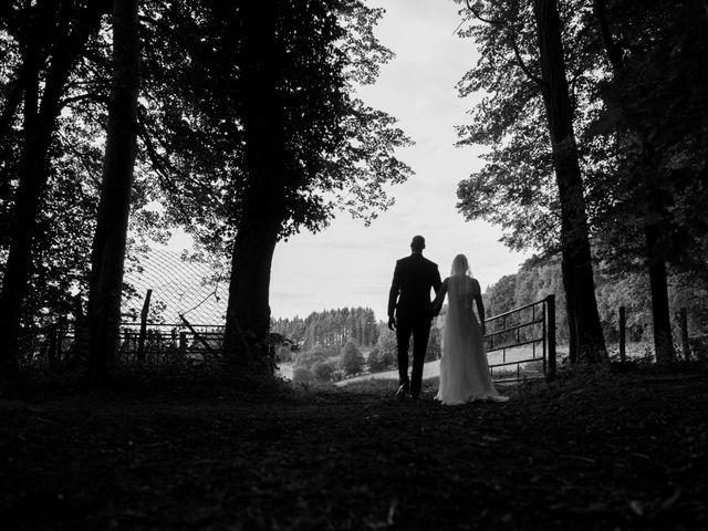 Le mariage de Jean-Philippe et Claire à Saint-Dier-d'Auvergne, Puy-de-Dôme 36