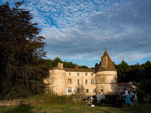 Le mariage de Jean-Philippe et Claire à Saint-Dier-d'Auvergne, Puy-de-Dôme 39