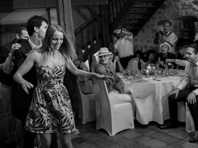 Le mariage de Jean-Philippe et Claire à Saint-Dier-d'Auvergne, Puy-de-Dôme 47