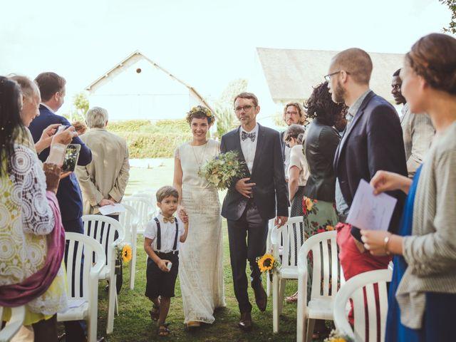 Le mariage de Gérald et Marine à Saint-Aignan-le-Jaillard, Loiret 32