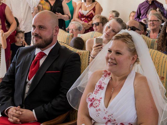 Le mariage de Julien et Elise à Saint-Crépin-Ibouvillers, Oise 11