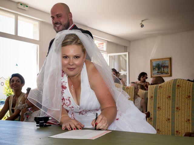 Le mariage de Julien et Elise à Saint-Crépin-Ibouvillers, Oise 13