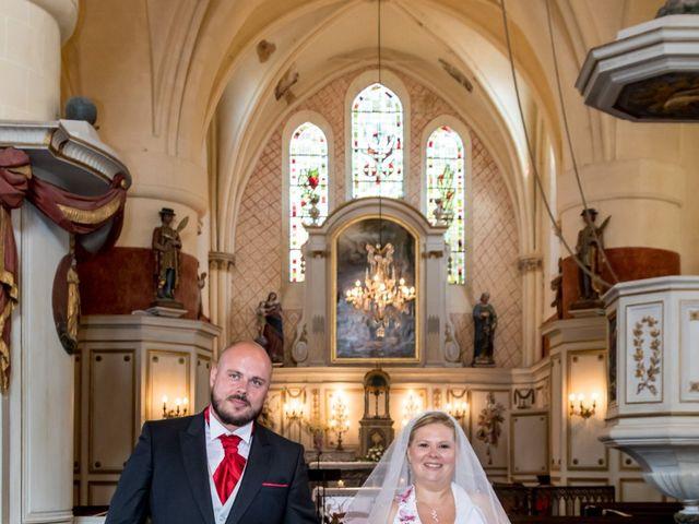 Le mariage de Julien et Elise à Saint-Crépin-Ibouvillers, Oise 15