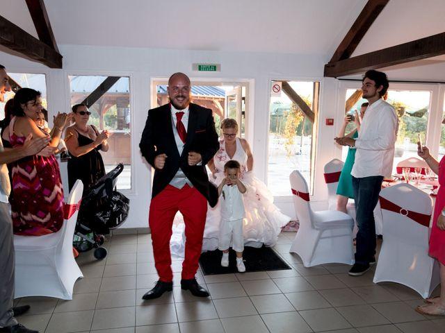 Le mariage de Julien et Elise à Saint-Crépin-Ibouvillers, Oise 27