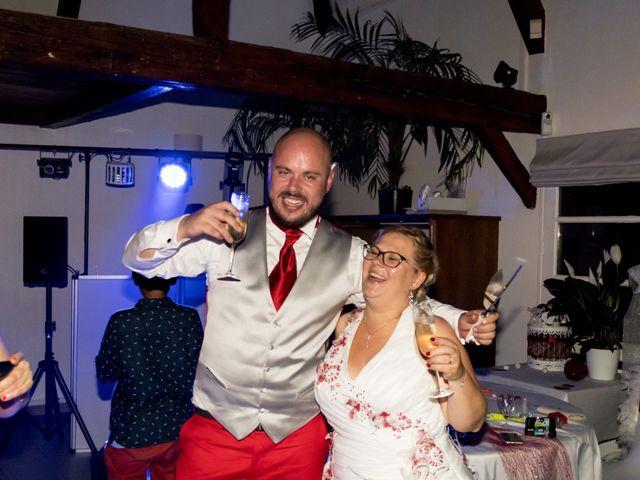 Le mariage de Julien et Elise à Saint-Crépin-Ibouvillers, Oise 33