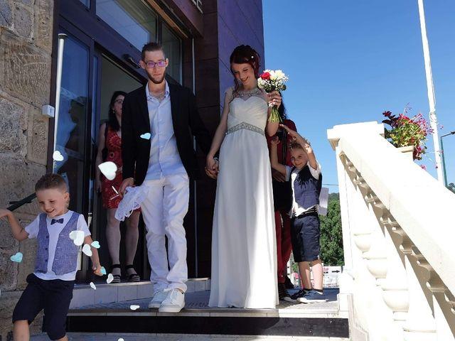 Le mariage de Honoré  et Sckalleur  à Lalevade-d'Ardèche, Ardèche 3