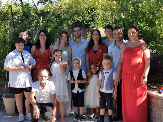 Le mariage de Honoré  et Sckalleur  à Lalevade-d'Ardèche, Ardèche 4