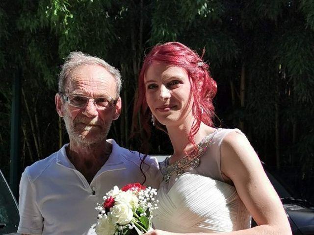 Le mariage de Honoré  et Sckalleur  à Lalevade-d'Ardèche, Ardèche 6