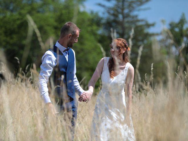 Le mariage de Christophe et Marylène à Yssingeaux, Haute-Loire 8