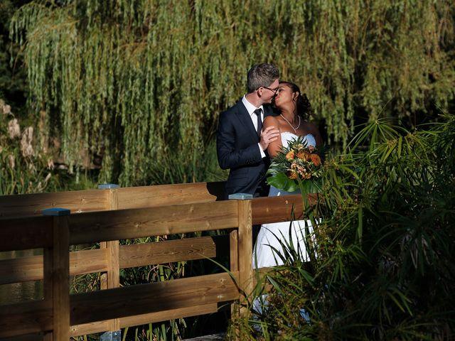 Le mariage de Christophe et Amanda à Larmor-Plage, Morbihan 22