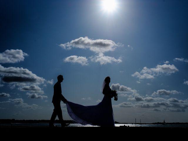 Le mariage de Christophe et Amanda à Larmor-Plage, Morbihan 24
