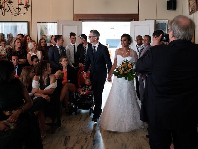 Le mariage de Christophe et Amanda à Larmor-Plage, Morbihan 25