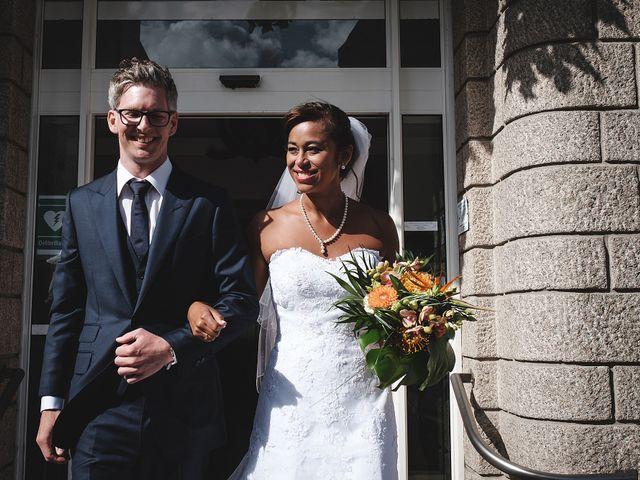 Le mariage de Christophe et Amanda à Larmor-Plage, Morbihan 33