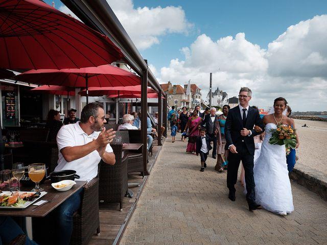 Le mariage de Christophe et Amanda à Larmor-Plage, Morbihan 50