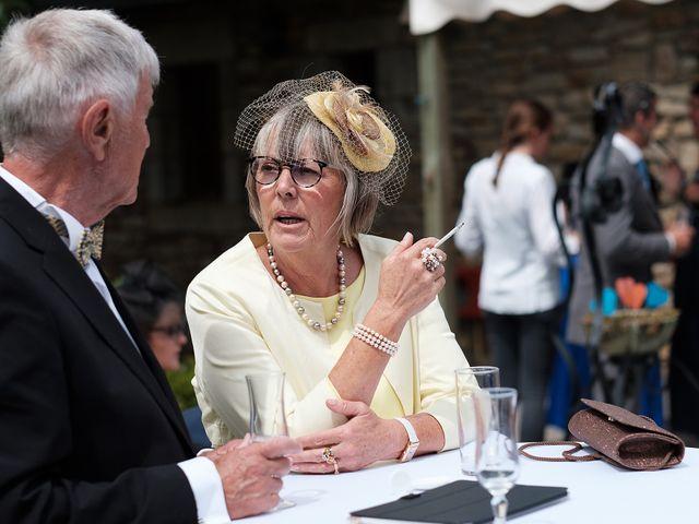 Le mariage de Christophe et Amanda à Larmor-Plage, Morbihan 59