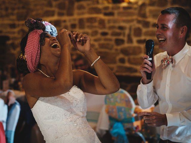 Le mariage de Christophe et Amanda à Larmor-Plage, Morbihan 77