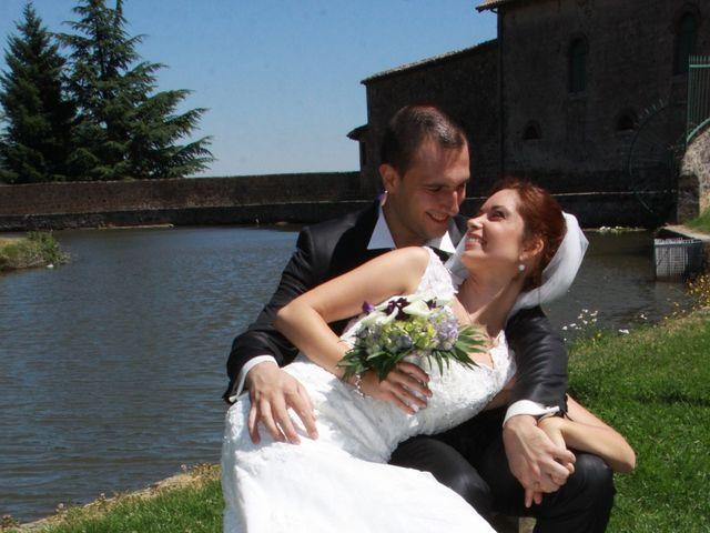 Le mariage de Noémie et Loïc à Saint-Michel-sur-Rhône, Loire 3