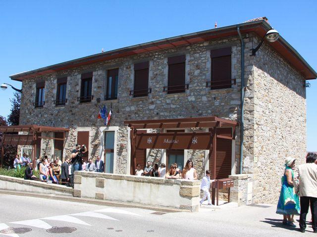 Le mariage de Noémie et Loïc à Saint-Michel-sur-Rhône, Loire 25