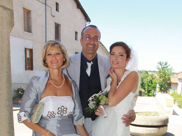 Le mariage de Noémie et Loïc à Saint-Michel-sur-Rhône, Loire 41