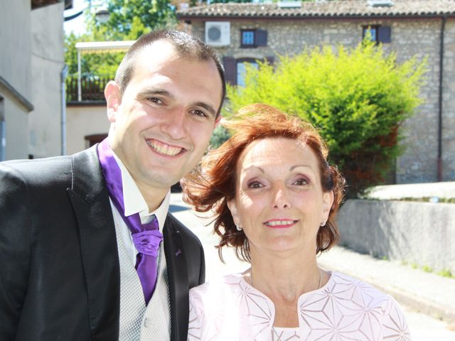 Le mariage de Noémie et Loïc à Saint-Michel-sur-Rhône, Loire 43