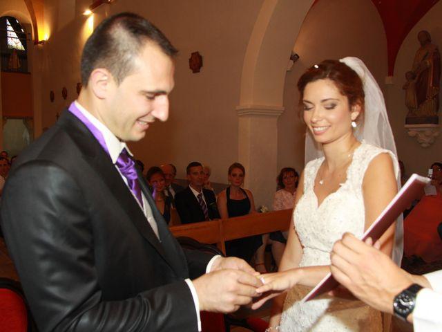 Le mariage de Noémie et Loïc à Saint-Michel-sur-Rhône, Loire 56