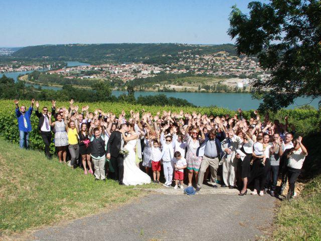 Le mariage de Noémie et Loïc à Saint-Michel-sur-Rhône, Loire 65