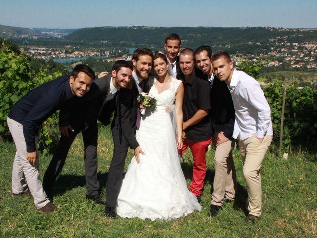 Le mariage de Noémie et Loïc à Saint-Michel-sur-Rhône, Loire 75