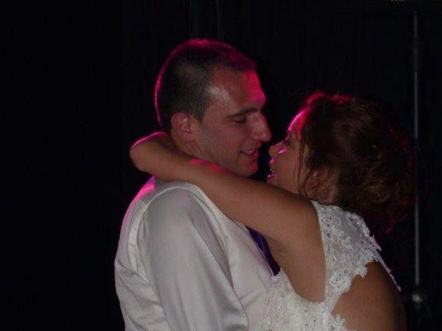 Le mariage de Noémie et Loïc à Saint-Michel-sur-Rhône, Loire 97
