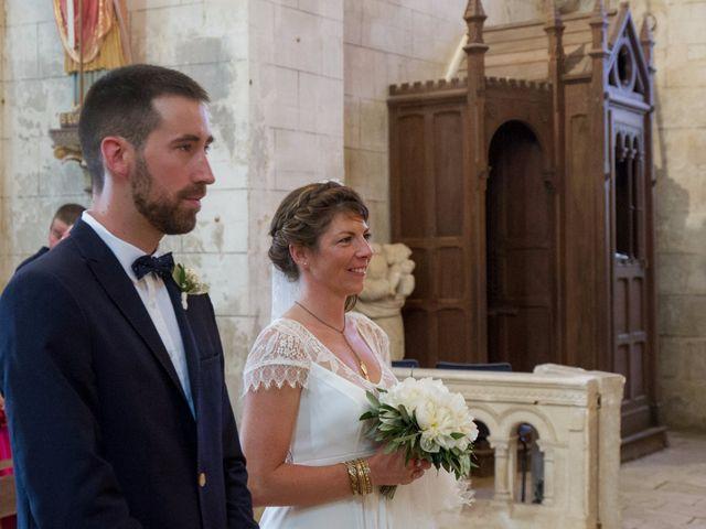 Le mariage de Mathieu et Amandine à Plassac, Charente Maritime 12