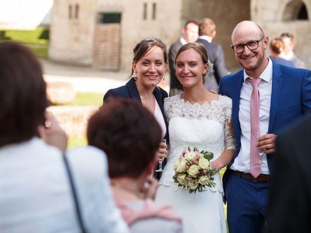 Le mariage de Jean Gabriel et Justine à Vivières, Aisne 31