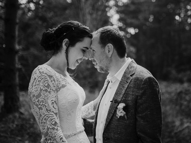 Le mariage de Roxan et Maéva à Saint-André-de-Chalencon, Haute-Loire 86