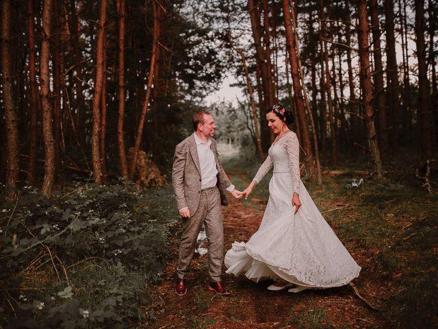 Le mariage de Roxan et Maéva à Saint-André-de-Chalencon, Haute-Loire 91