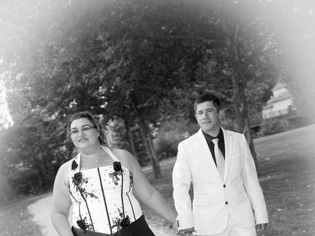 Le mariage de Elvis et Delphine à Vivonne, Vienne 8
