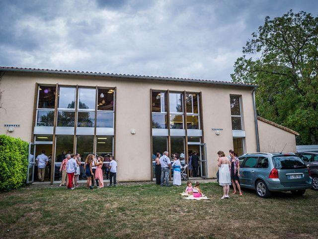 Le mariage de Elvis et Delphine à Vivonne, Vienne 15