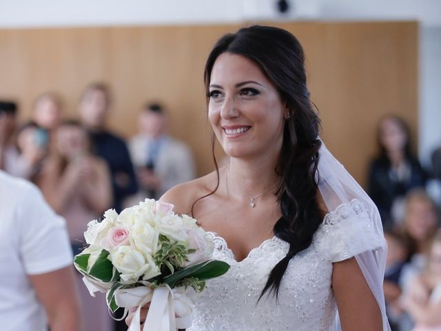 Le mariage de Yohan et Sarah à Sainte-Geneviève-des-Bois, Essonne 28