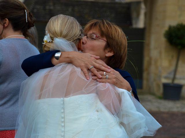Le mariage de Eloïse et Julien à Louvigny, Calvados 24